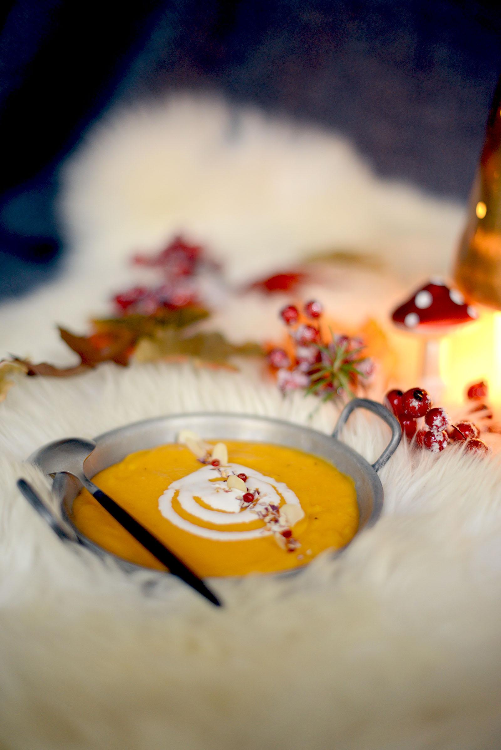 velouté panais, orange, carotte de sable aux quatre-épices